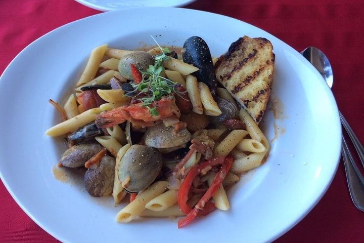 Pastameli's food