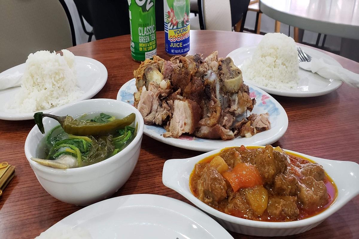 Aling Ening Restaurant