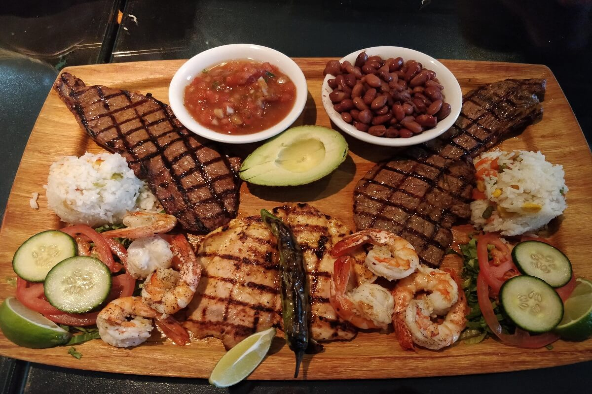 Rinconcito Salvedoreno Restaurant