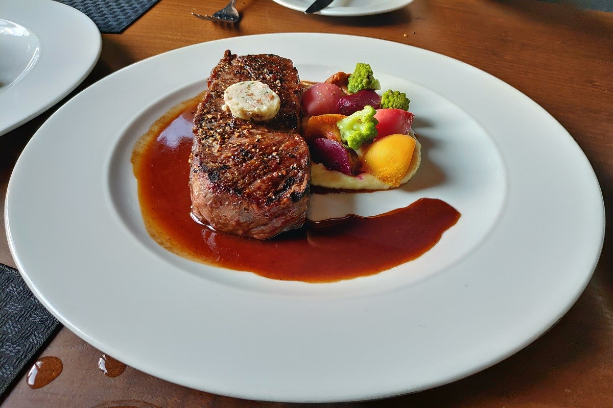 Opus Restaurant