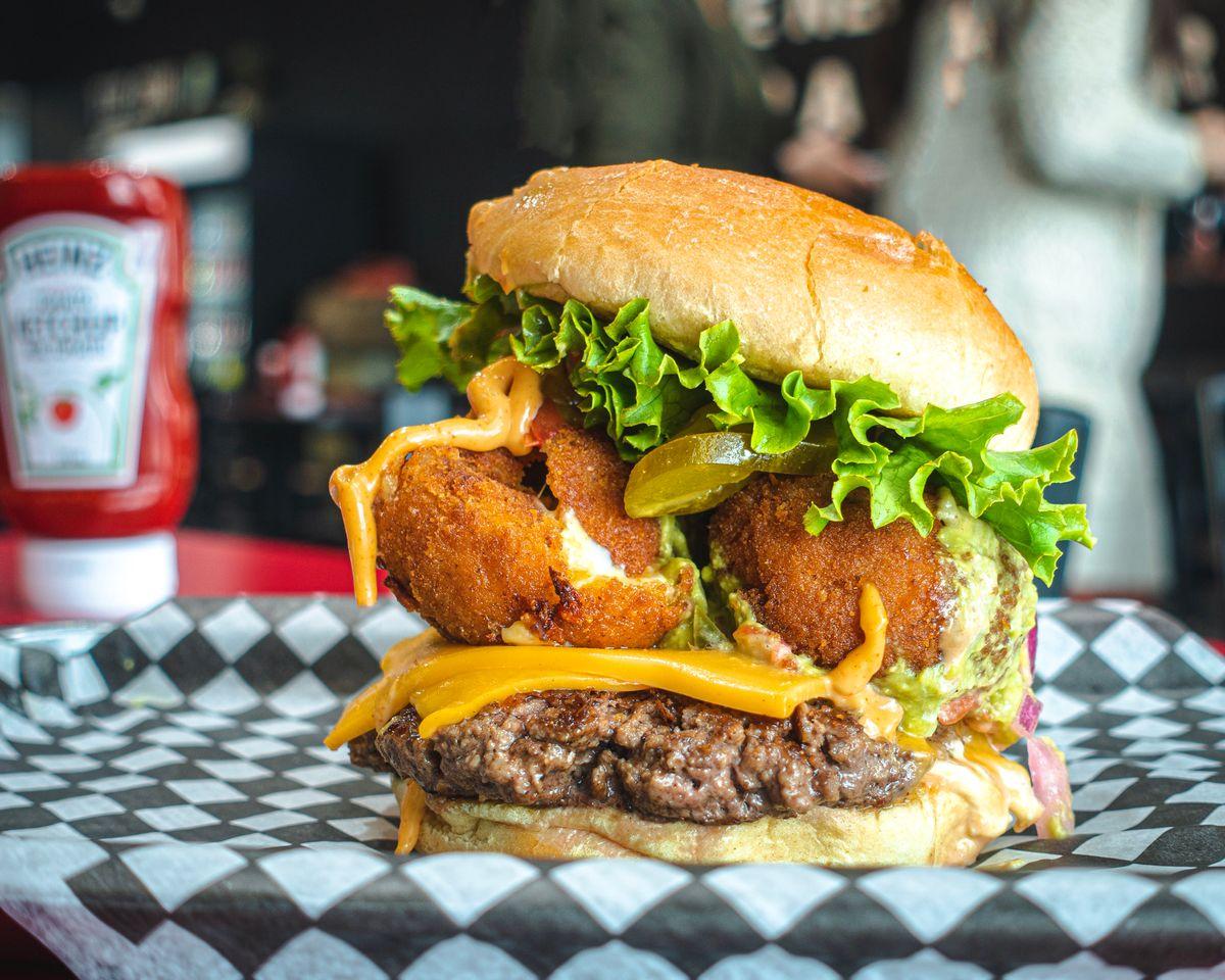 Top Gun Burger