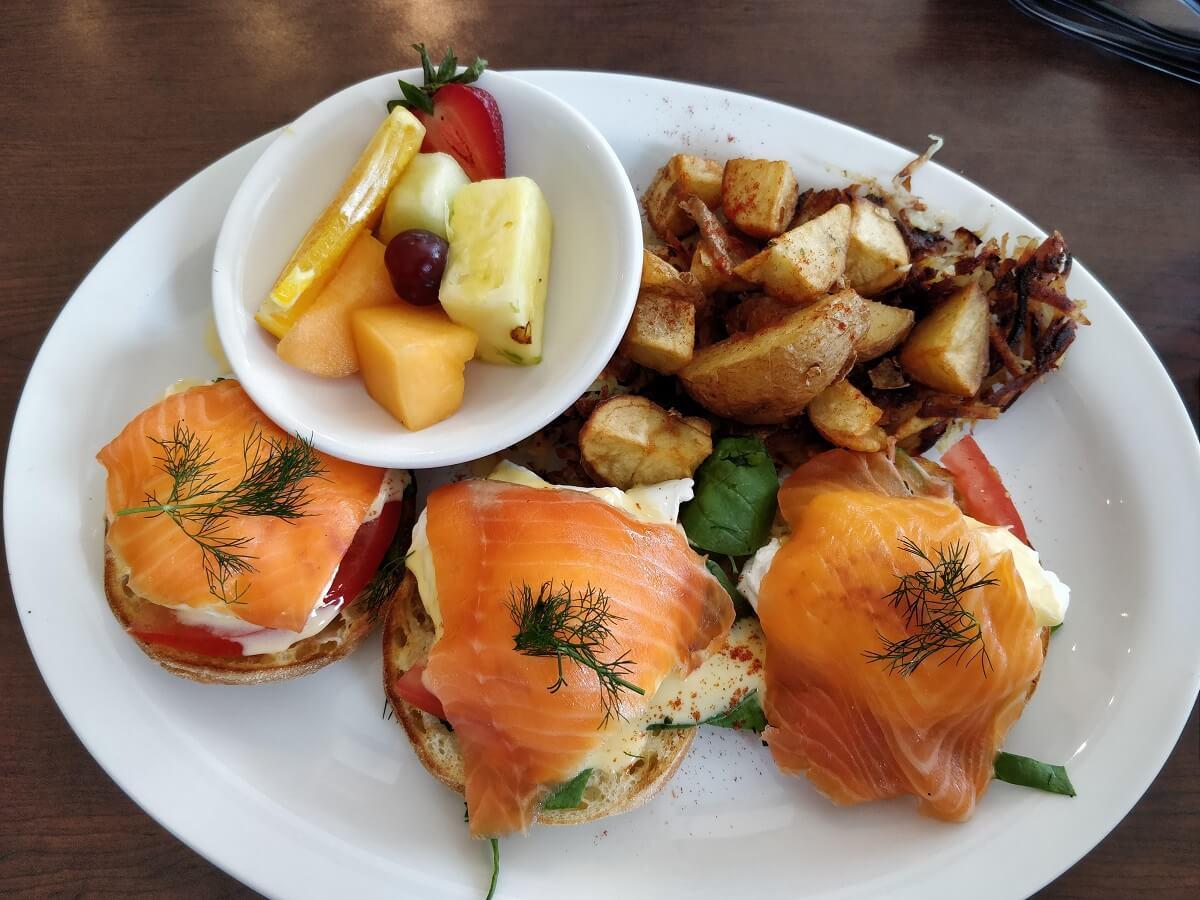 Figs Breakfast Lunch