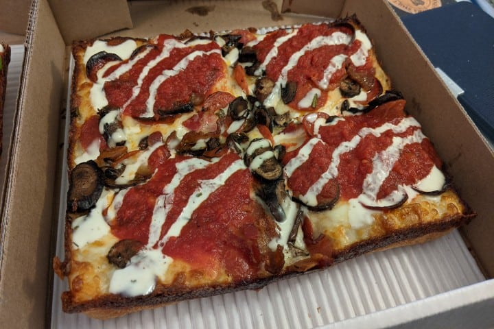 8Mile Detroit Style Pizza