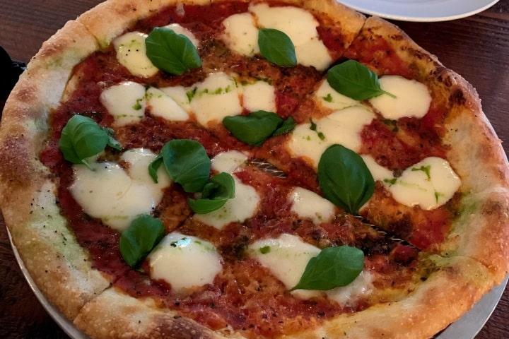 Pizza Carano