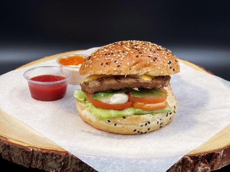 Best Burger Places Near Lonsdale Ave
