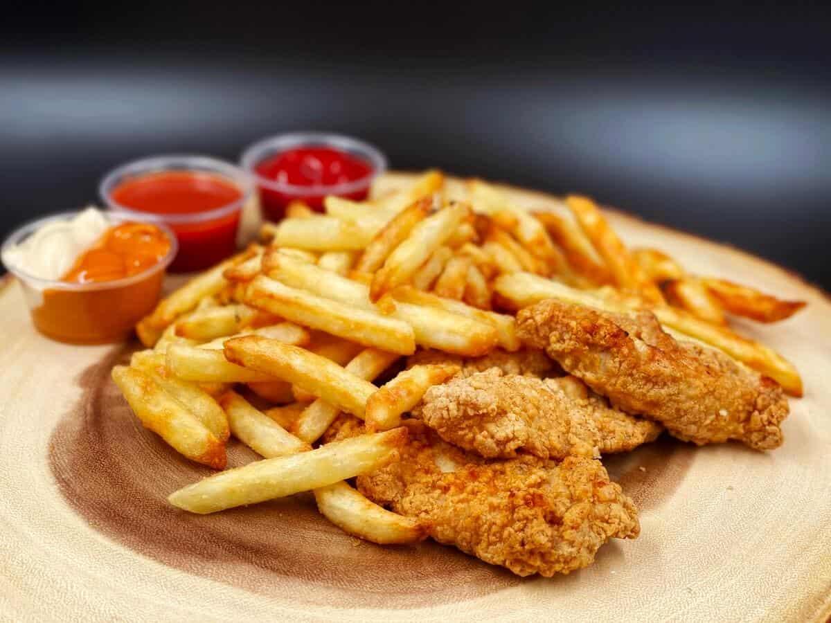 Best Restaurants Near Colossus Dr