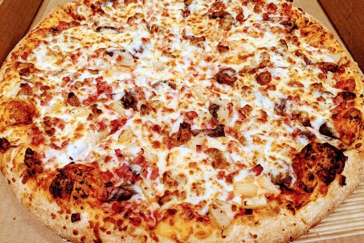 Reginos Pizza
