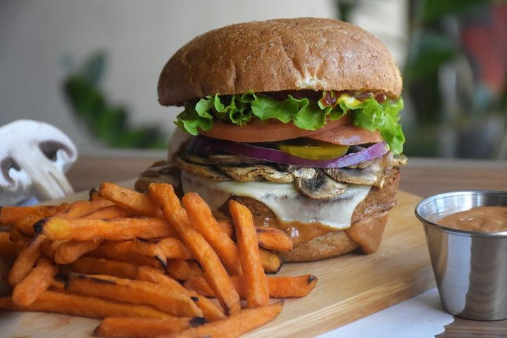 Tera V Burger