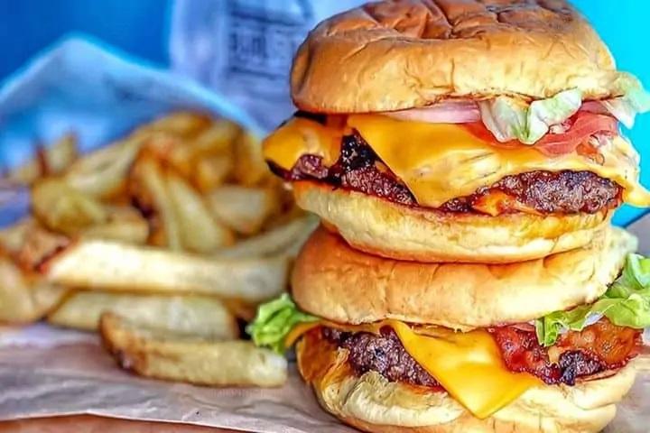 Mimi's Burgers