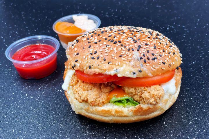 Best Burger Delivery Places Woodbridge