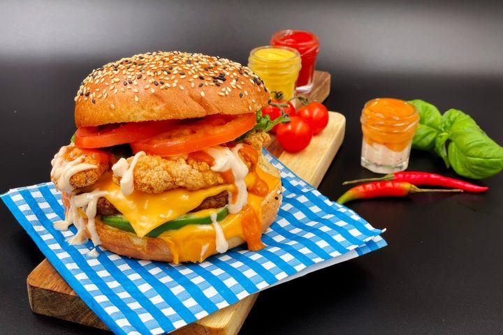 Best Burger Delivery Places Markham