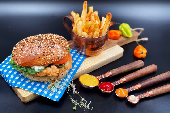 Best Burger Delivery Places Lynn Valley